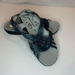 Bare Traps leather Jasmina sandal